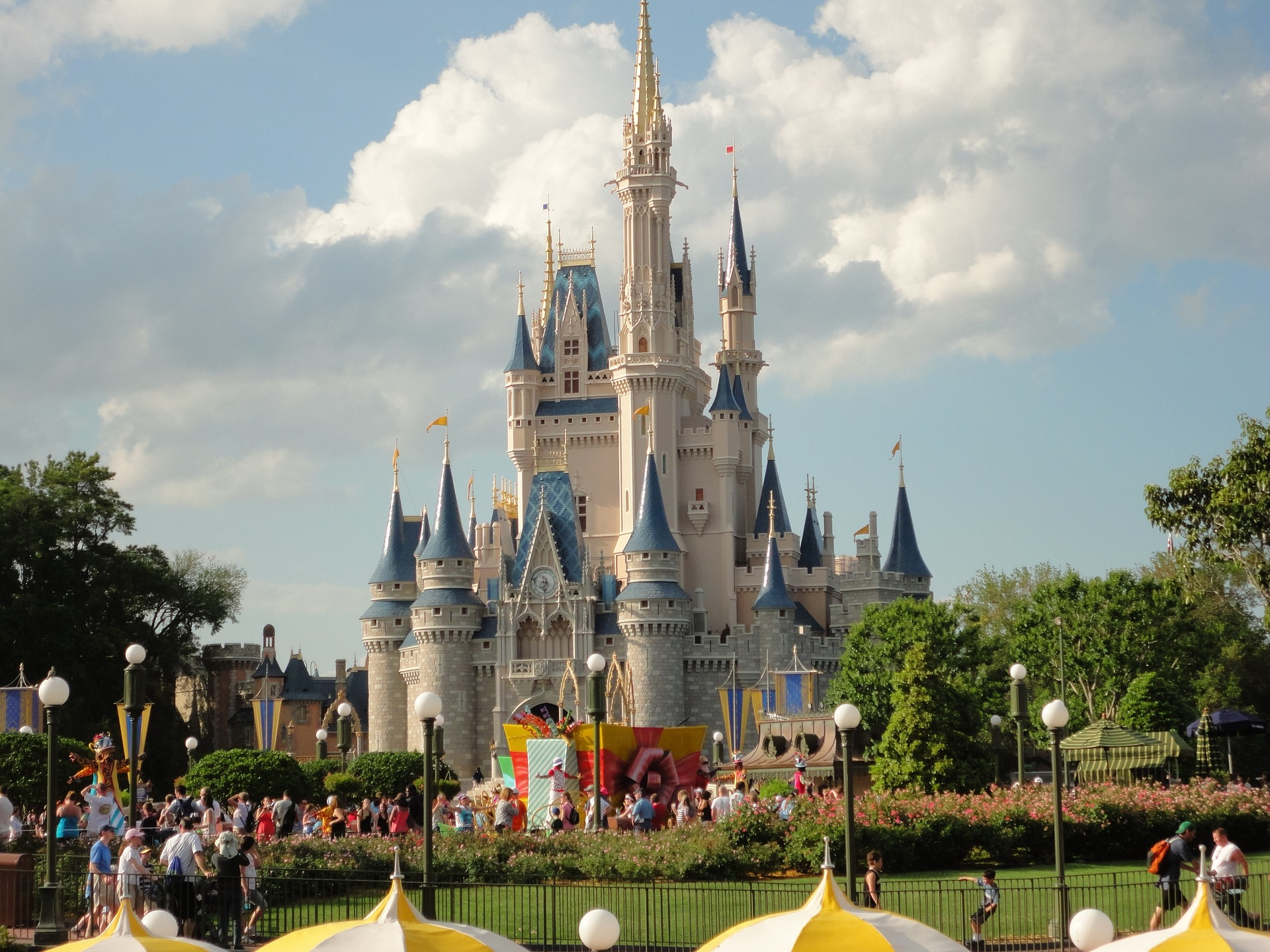 The US/Canada Border is open – Heading to Disney World?